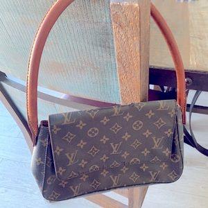 Louis Vuitton mini looping handbag
